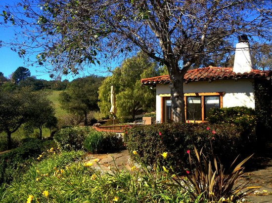 The Casitas of Arroyo Grande:                   Hotel Grounds