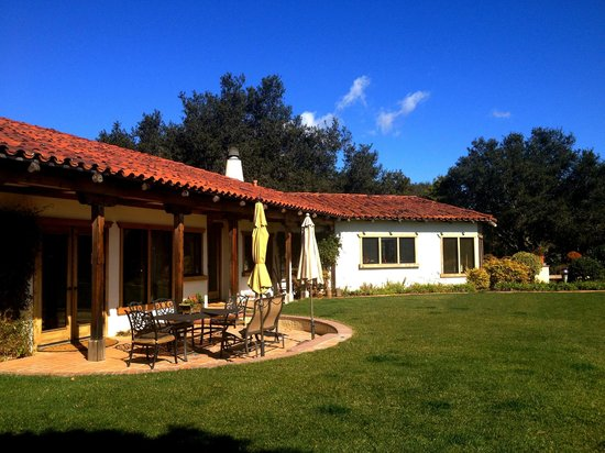 The Casitas of Arroyo Grande:                   Great House & Lawn