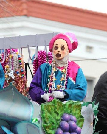 كانال ستريت إن بد آند بريكفاست:                   Endymion Parade                 