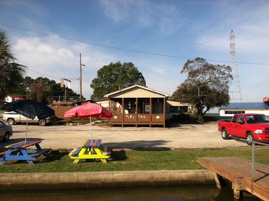 Harris Landing Restaurant!! The only lakeside dining in Lake Greenwood, SC