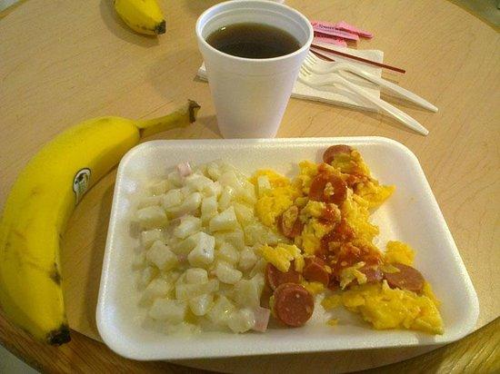 Microtel Inn & Suites by Wyndham Ciudad Juarez/US Consulate: El desayuno incluido, nada del otro mundo.