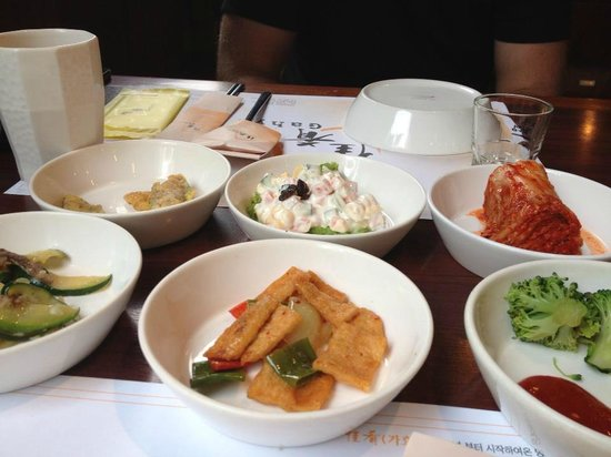 Gahyo: some of the side dishes
