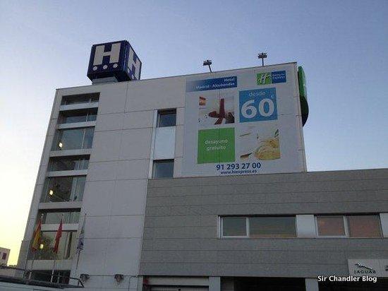 Holiday Inn Express Alcobendas: La vista desde el estacionamiento