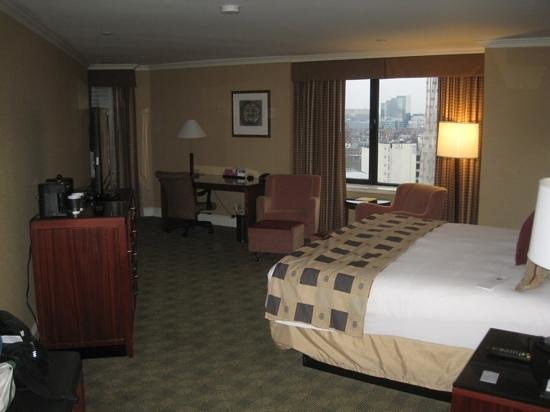 Hyatt Regency Boston:                   guest room