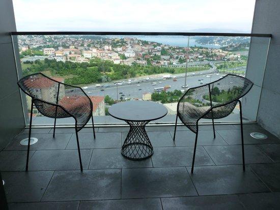 Le Meridien Hotel: Terrace