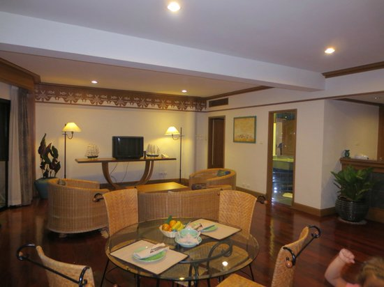 Maritime Park & Spa Resort :                   Livingroom