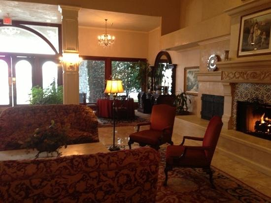 Ayres Hotel & Suites in Costa Mesa - Newport Beach:                   another view of lobby
