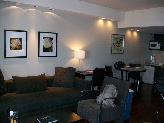 Urban Suites Recoleta Boutique Hotel:                   quarto bem equipado