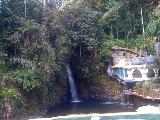 Santo Domingo, Ισημερινός:                   vista desde la habitación en la que estuve