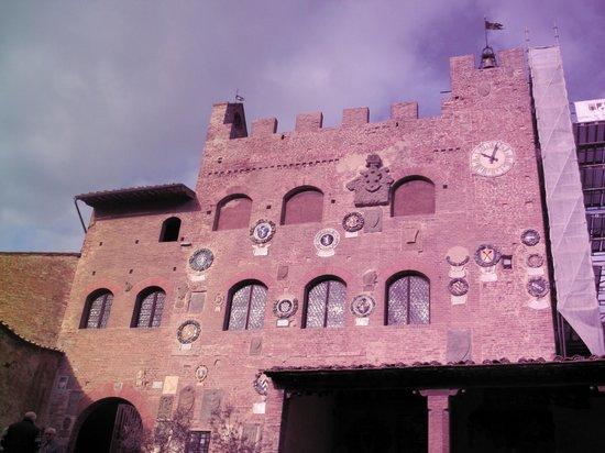 Certaldo: palazzo de pretorio