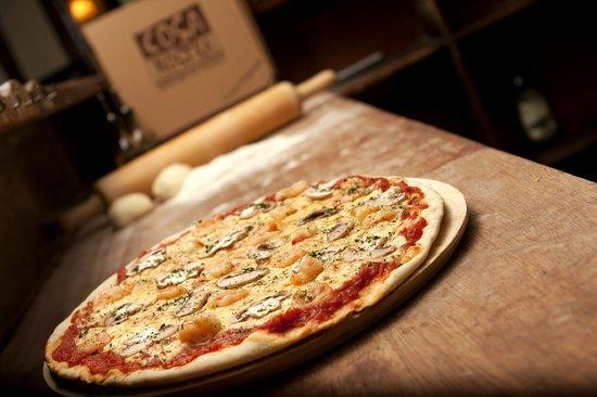 Cosa Nostra Trattoria Pizzeria : Pizza Mare e Monti