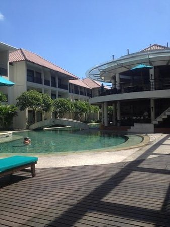 The Camakila Legian Bali:                   poolside view