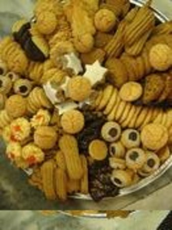 The Dutch Epicure Shop:                   bought cookie tray for party....fabulous!