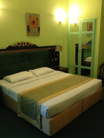 Comfort Inn Hotel: bed