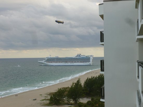 Fort Lauderdale Marriott Harbor Beach Marriott Resort & Spa:                   Watching cruise ships leave for the Carribean