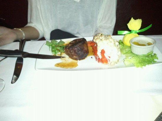 The Capital Grille : Lobster and Steak