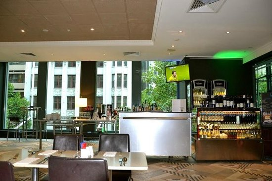 Novotel Melbourne on Collins:                   Bar/Cafe area located near the hotel restaurant