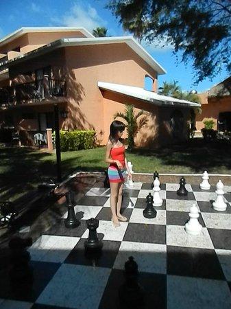 Hotel Riu Lupita:                   ajedrez