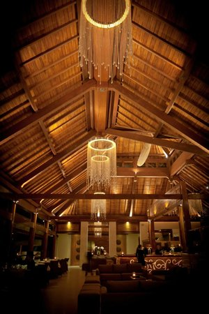 Chez Gado Gado : 'Joglo' style ceiling and roof