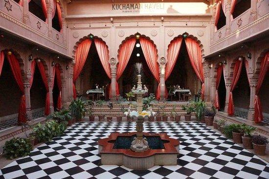 Heritage Kuchaman:                   The interior courtyard