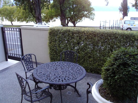 Esplanade Queenstown: Patio