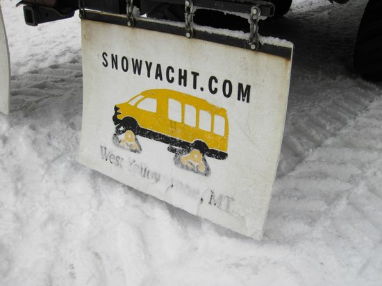 Yellowstone Vacation Tours: The Snowyacht