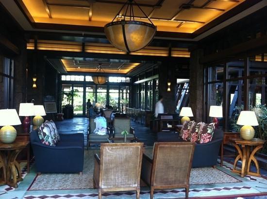 Aulani, a Disney Resort & Spa:                   lobby