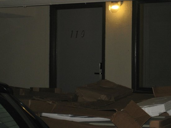 Ramada Pasadena :                   blocked door
