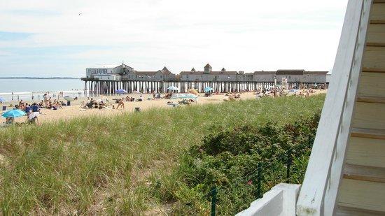 The Copley LaReine Motel: LaReine Ocean Front Balcony