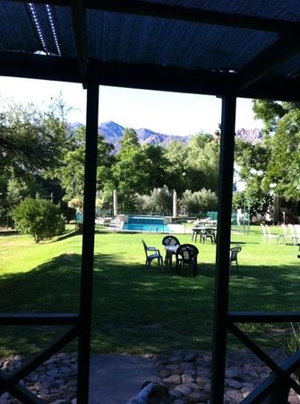 Rainbow Glen Self-Catering Guest Cottages:                   sparkling pool for a hot day!
