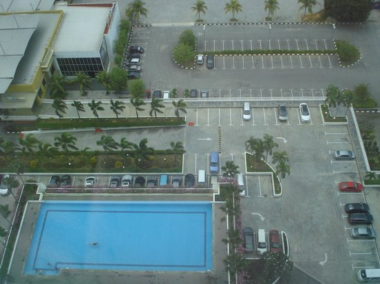 Holiday Inn Melaka:                   View from our suite