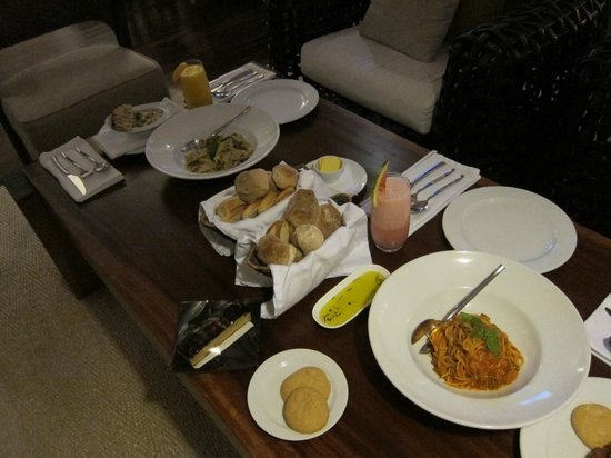 Abaca Boutique Resort: I miss the food!