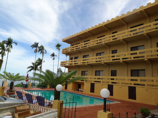 Waterfront Villa Hotel Palau