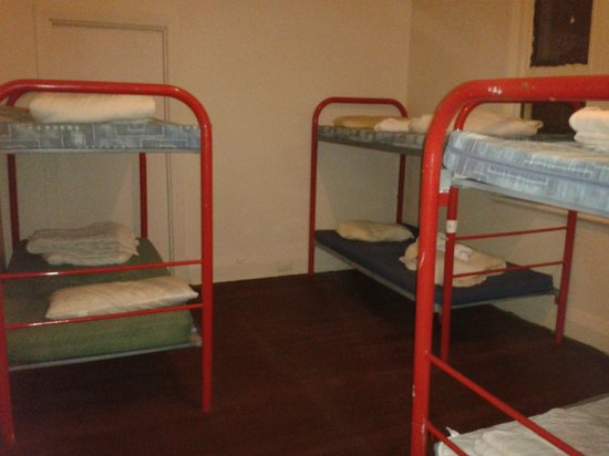 Planet Inn Backpackers: Newly refurbished rooms!