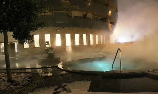 Spirit Hotel Thermal Spa:                   heated outside pool