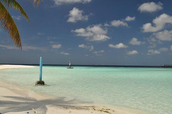 Thulhagiri Island Resort:                   Mare