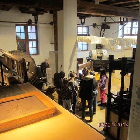 Basler Papiermühle:                   Paper making demonstration: a view from above