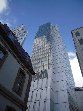 Jumeirah Frankfurt: une architecture impressionnante