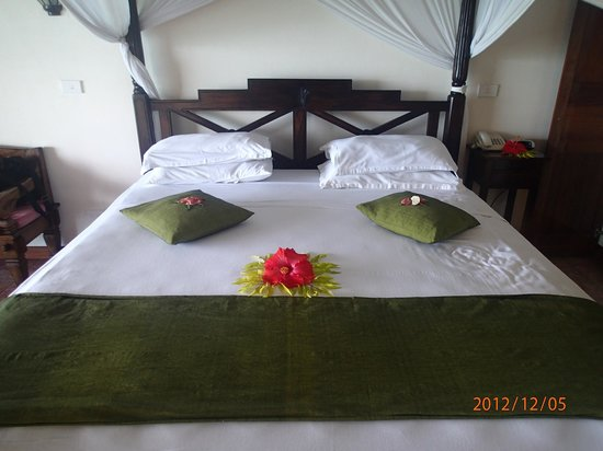 Sunset Bungalows Resort:                   comfy bed