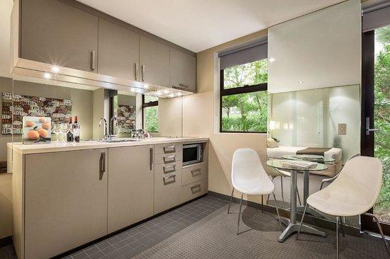 Quality Suites Beaumont Kew: Executive Studio