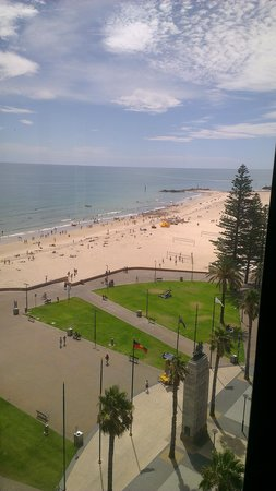 Stamford Grand Adelaide:                   view from 9th floor - ocean view suite