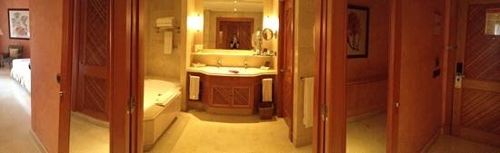 Sheraton La Caleta Resort & Spa: bathroom