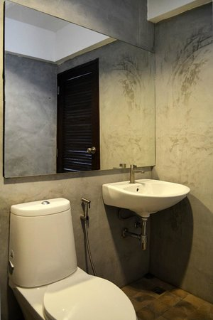 The Nidhra Boutique Resort: Ensuite Bathroom