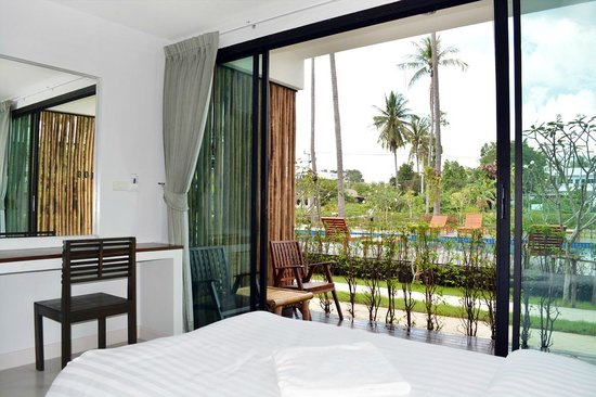 The Nidhra Boutique Resort: Superior Twin Pool Side