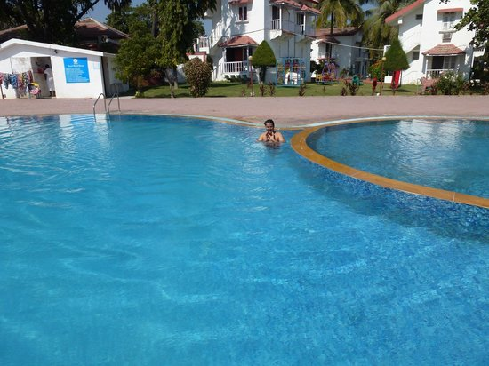 Sugati Beach Resort :                                     Swimming pool