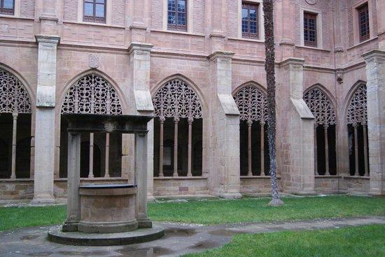 Monasterio de Santa Maria La Real : Claustro
