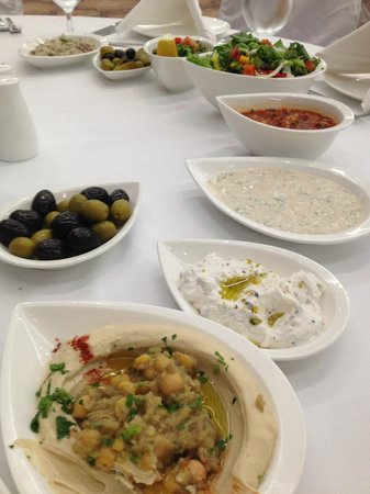 Mövenpick Hotel Ramallah:                                     I still dream about this hummus...