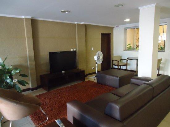 Hotel Rouver:                   Recepção do hotel