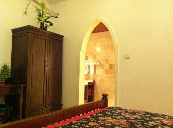 Jingshan Garden Hotel:                                     Bedroom