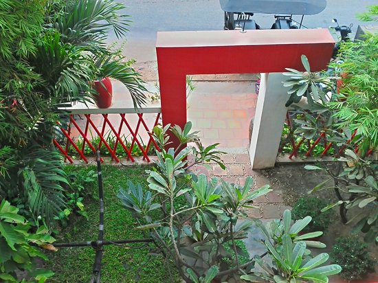 فيلا ميدامري:                                     Enter to villa                                  